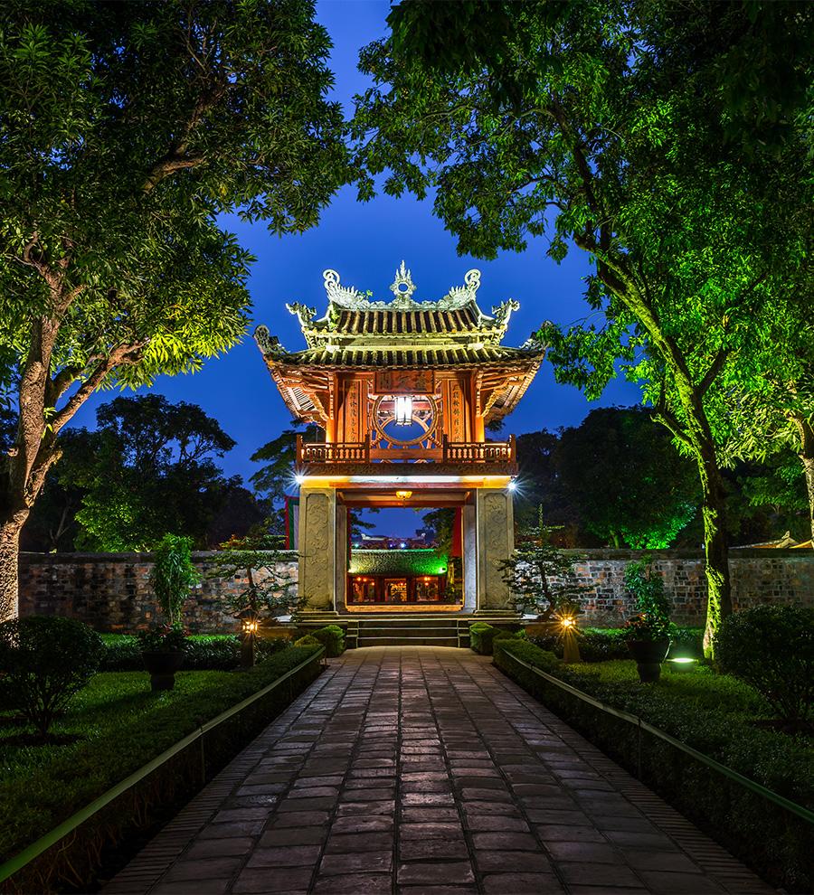 Programa en Tierra: Recuerdos de Hanoi